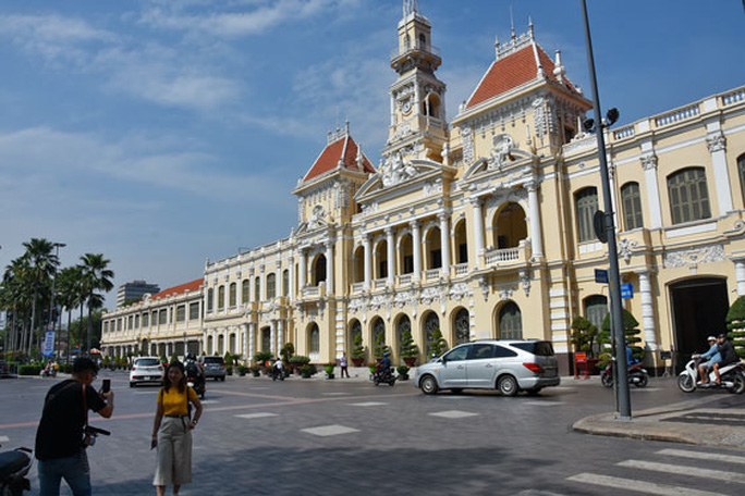 Trụ sở UBND TP HCM là di tích kiến trúc nghệ thuật cấp quốc gia - Ảnh 1.