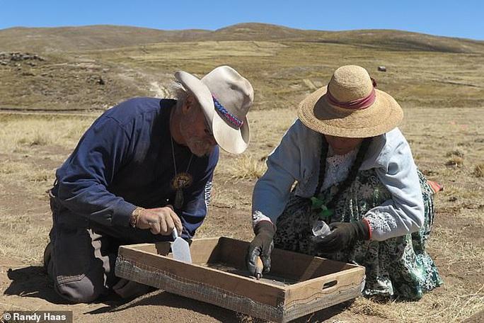 Phát hiện thay đổi lịch sử từ mộ cổ thiếu nữ 9.000 năm tuổi - Ảnh 2.