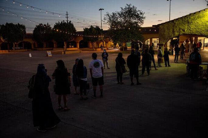 Bầu cử Mỹ: Cú sốc Arizona làm Nhà Trắng dựng ngược - Ảnh 2.
