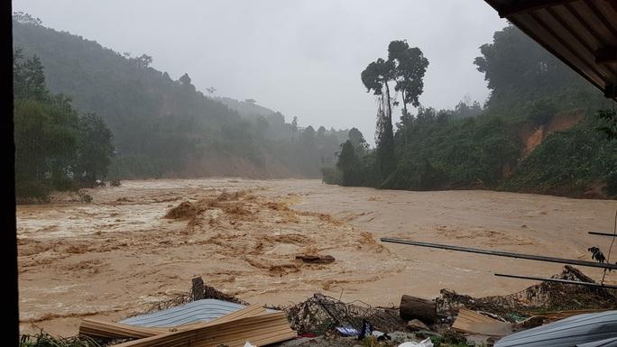 Trà Leng hứng mưa lũ, thủy điện Sông Tranh 2 xả lũ hơn 3.000 m3/giây - Ảnh 5.
