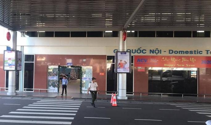 Sân bay Cam Ranh ngừng phát thanh thông tin chuyến bay - Ảnh 1.