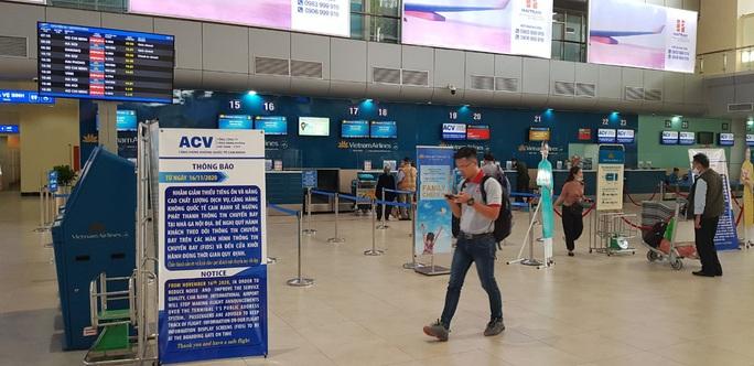 Sân bay Cam Ranh ngừng phát thanh thông tin chuyến bay - Ảnh 3.