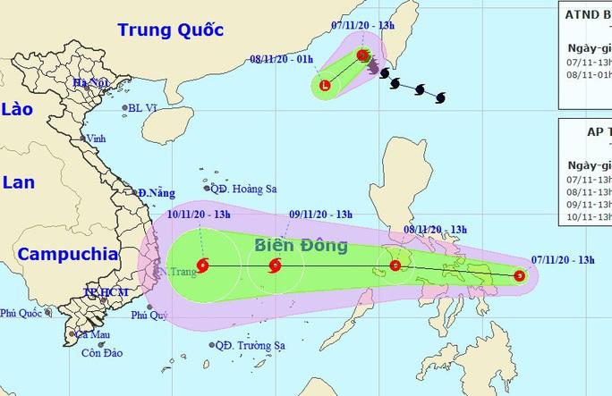 Bão số 11 vừa suy yếu, áp thấp nhiệt đới mới nối đuôi vào Biển Đông - Ảnh 1.