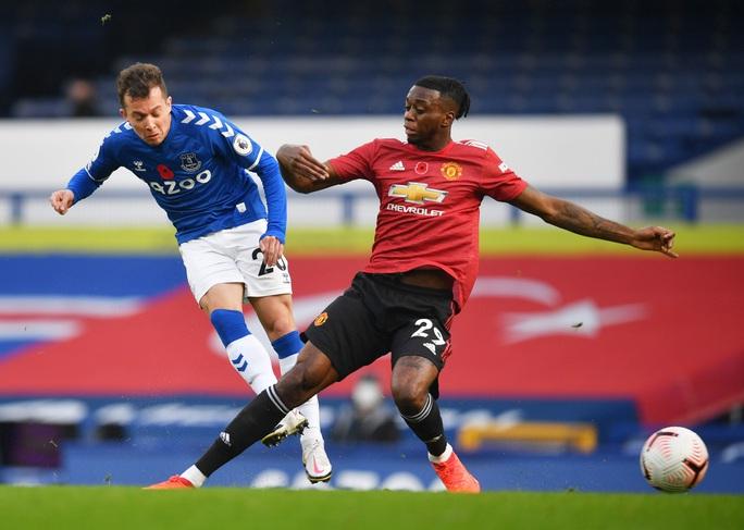 Man United đè bẹp Everton 3-1, cứu ghế HLV Solskjaer - Ảnh 2.