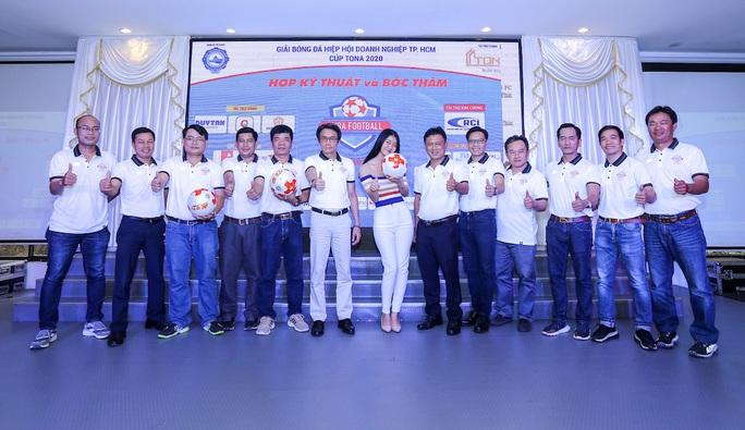 38 đội bóng tranh tài ở Giải Bóng đá Hiệp hội Doanh nghiệp TP HCM - Ảnh 2.