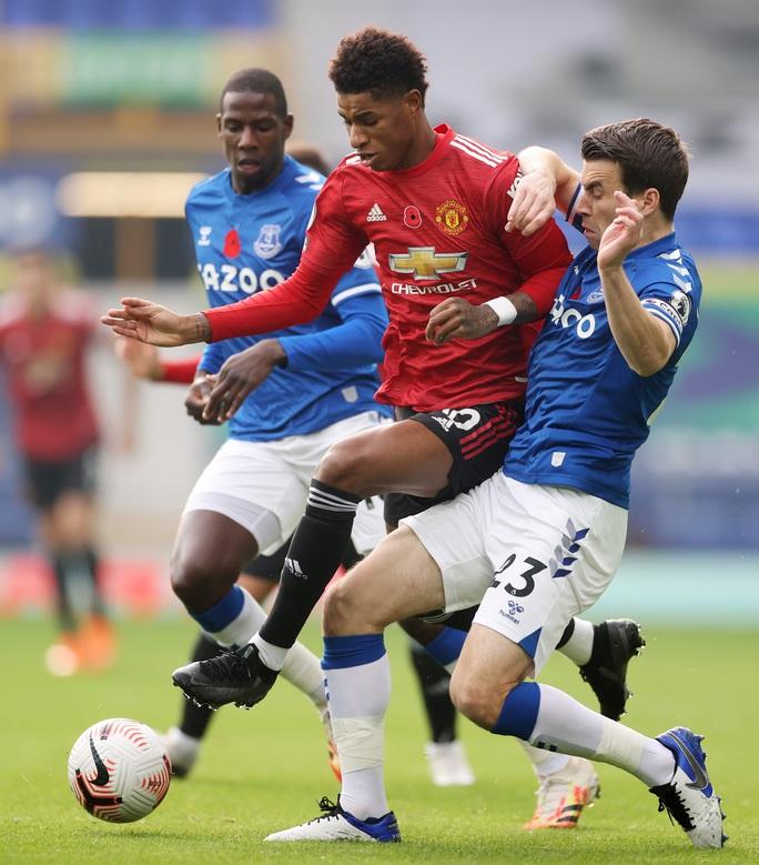 Man United đè bẹp Everton 3-1, cứu ghế HLV Solskjaer - Ảnh 8.