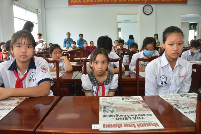 Học bổng Báo Người Lao Động đến với học sinh nghèo, học giỏi Bến Tre - Ảnh 13.