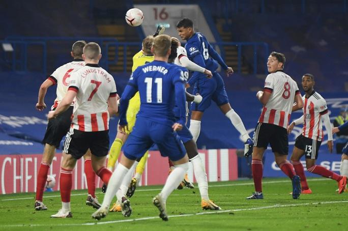 Ngược dòng chấn động Stamford Bridge, Chelsea vọt vào Top 3 Ngoại hạng Anh - Ảnh 5.