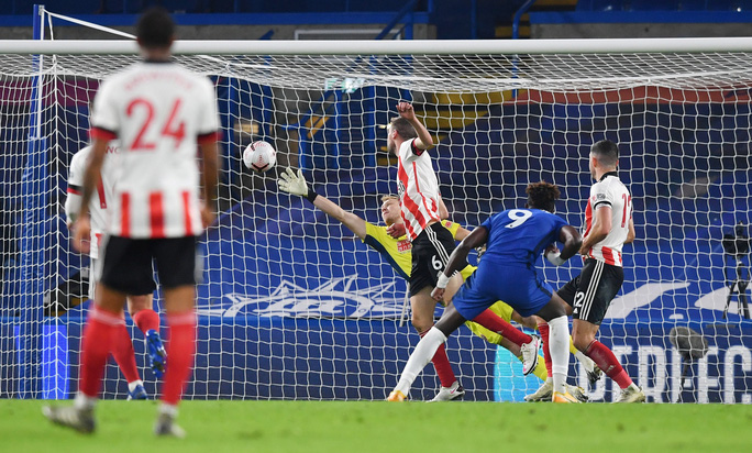 Ngược dòng chấn động Stamford Bridge, Chelsea vọt vào Top 3 Ngoại hạng Anh - Ảnh 3.