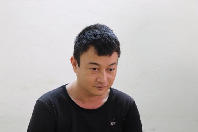 Khởi tố, bắt giam kẻ truy sát bảo vệ Bệnh viện Minh Thiện - Ảnh 1.