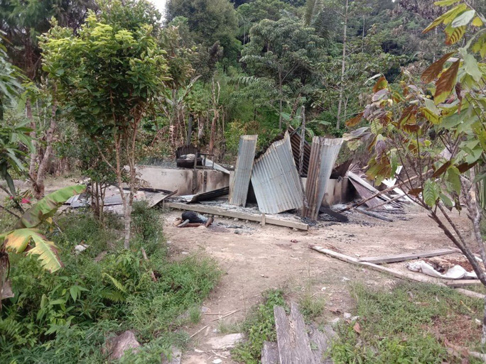 Indonesia rúng động với vụ tàn dư IS chặt đầu người dân - Ảnh 1.