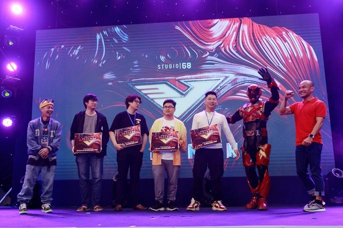 Lộ diện trang phục siêu anh hùng trong phim của Ngô Thanh Vân - Ảnh 4.