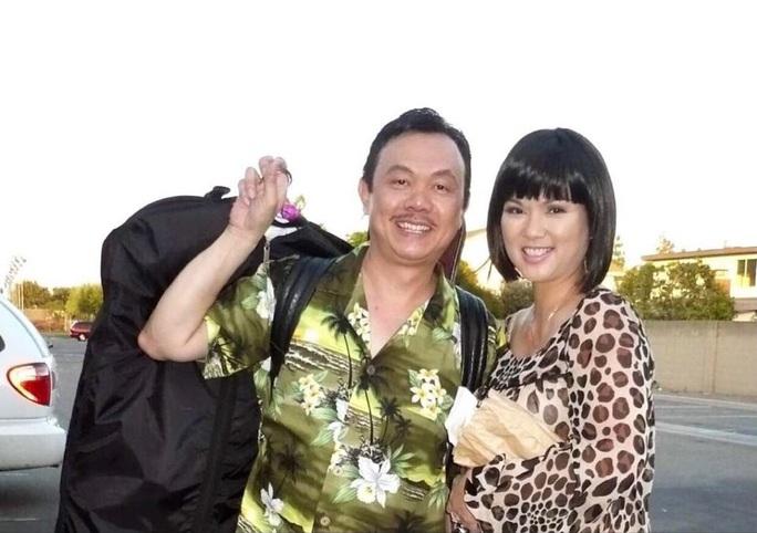 Vì sao ca sĩ Phương Loan - vợ danh hài Chí Tài muốn đưa thi hài ông sang Mỹ? - Ảnh 1.