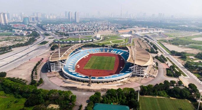 CLIP: 150 tỉ đồng đại tu sân Mỹ Đình đón SEA Games 31 - Ảnh 2.