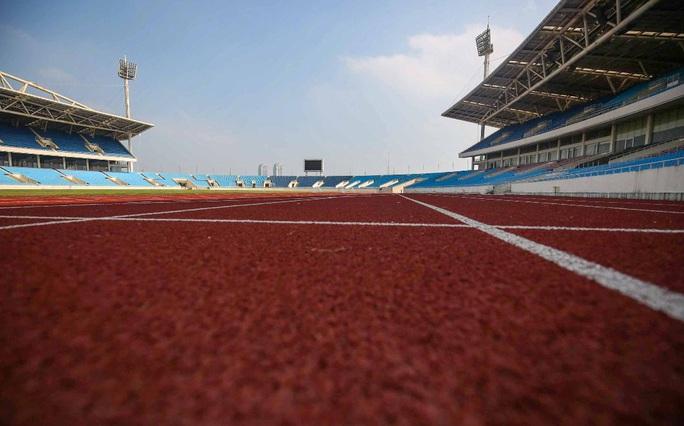 CLIP: 150 tỉ đồng đại tu sân Mỹ Đình đón SEA Games 31 - Ảnh 7.