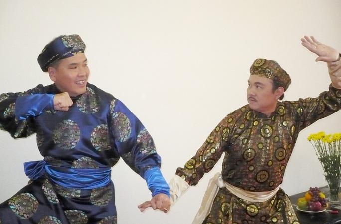 Vì sao ca sĩ Phương Loan - vợ danh hài Chí Tài muốn đưa thi hài ông sang Mỹ? - Ảnh 2.