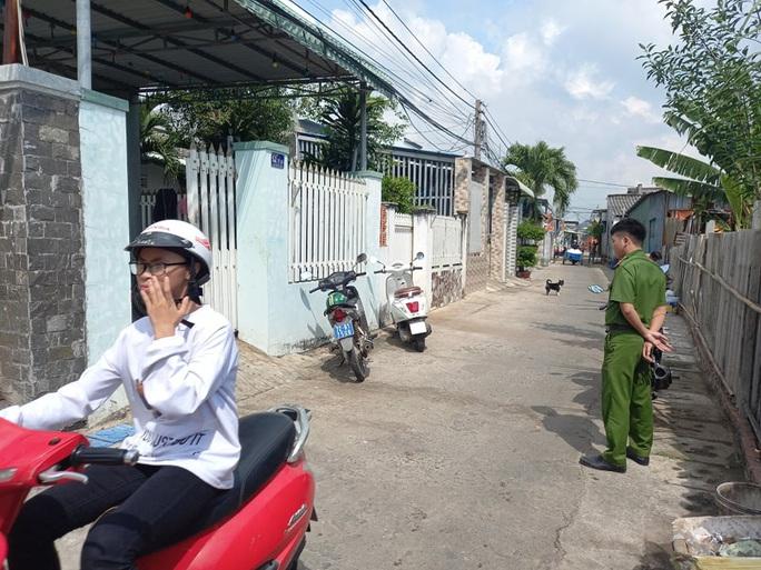 Đánh, chém kinh hoàng sau va chạm giao thông ở Bà Rịa - Vũng Tàu - Ảnh 1.