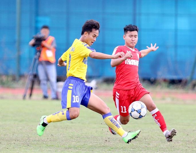 Lượt trận cuối kịch tính ở bảng A VCK U21 quốc gia 2020 - Ảnh 2.