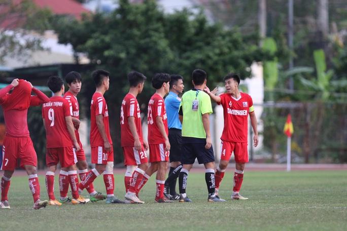 Lượt trận cuối kịch tính ở bảng A VCK U21 quốc gia 2020 - Ảnh 7.