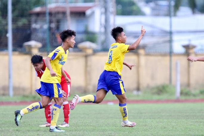 Lượt trận cuối kịch tính ở bảng A VCK U21 quốc gia 2020 - Ảnh 4.