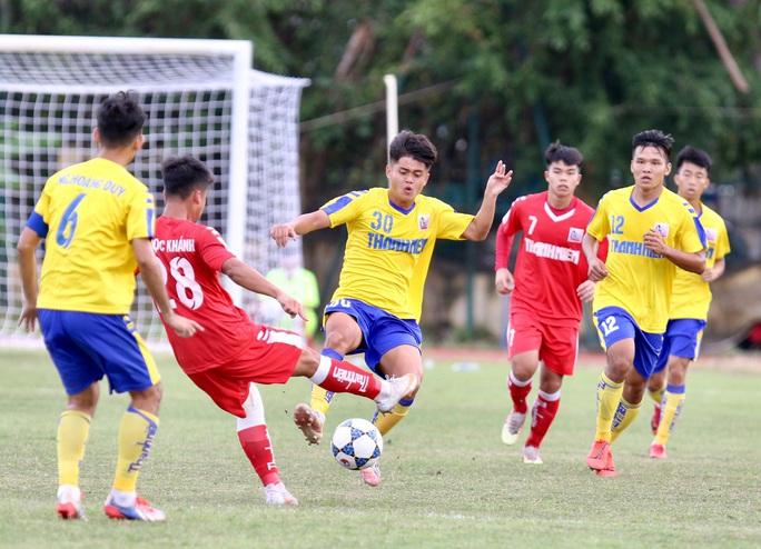 Lượt trận cuối kịch tính ở bảng A VCK U21 quốc gia 2020 - Ảnh 1.