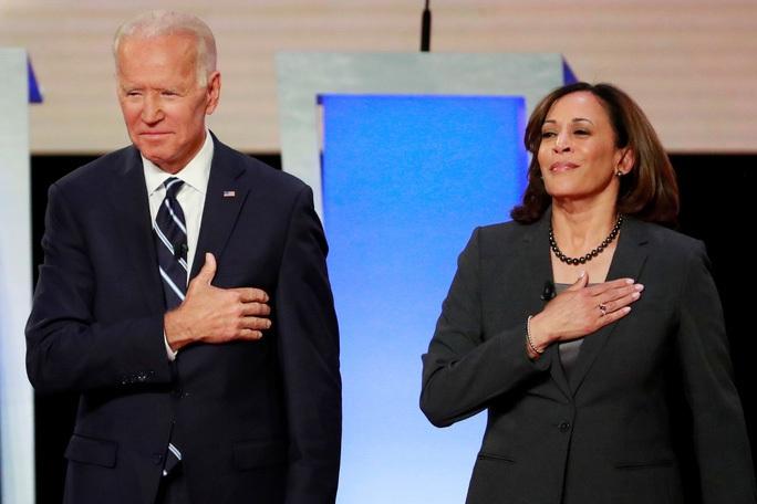 Đại cử tri đoàn bắt đầu quyết định kết quả bầu cử Mỹ - Ảnh 2.
