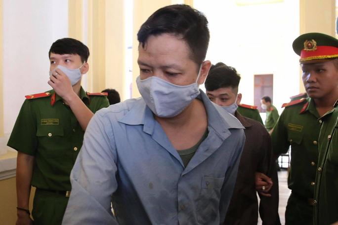 Hình ảnh những bị cáo bao che, tiếp tay cho Lê Quốc Tuấn - kẻ gây thảm án ở Củ Chi - Ảnh 3.