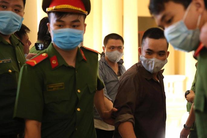 Hình ảnh những bị cáo bao che, tiếp tay cho Lê Quốc Tuấn - kẻ gây thảm án ở Củ Chi - Ảnh 4.