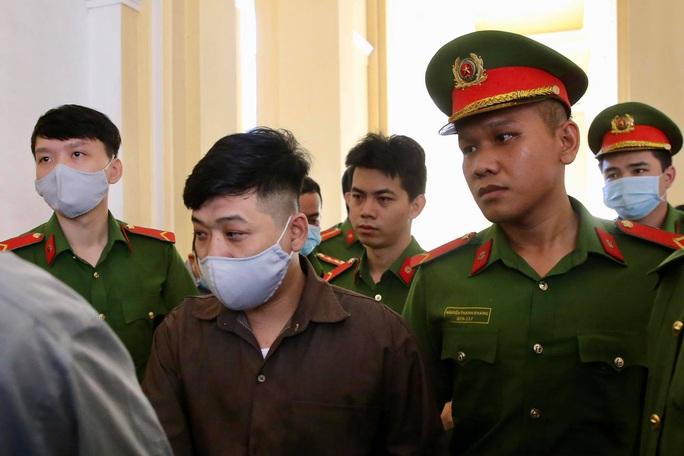 Hình ảnh những bị cáo bao che, tiếp tay cho Lê Quốc Tuấn - kẻ gây thảm án ở Củ Chi - Ảnh 5.