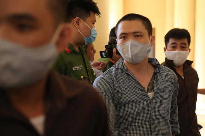 Hình ảnh những bị cáo bao che, tiếp tay cho Lê Quốc Tuấn - kẻ gây thảm án ở Củ Chi - Ảnh 8.