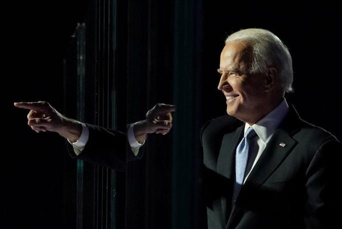 Đại cử tri đoàn chính thức xác nhận chiến thắng của ông Biden - Ảnh 1.