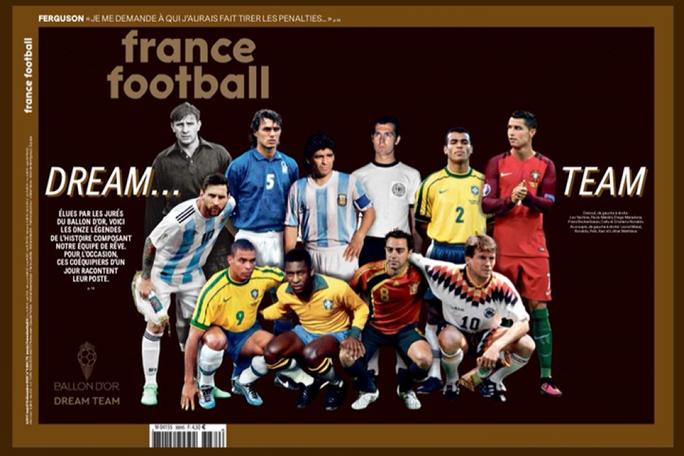 Đội hình trong mơ Quả bóng vàng: Messi và Ronaldo sánh vai huyền thoại - Ảnh 1.