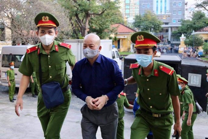Nhiều lời khai bất ngờ khi xét xử ông Đinh La Thăng và đồng phạm - Ảnh 1.