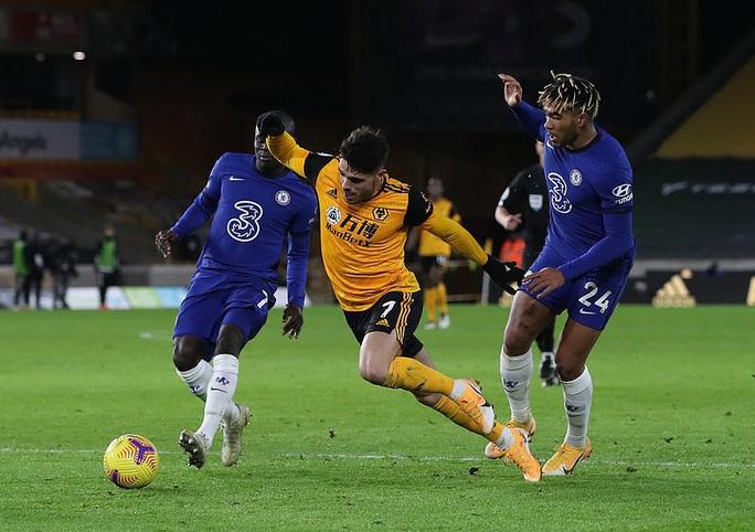 Chelsea trắng tay trước Wolverhampton phút bù giờ, Lampard sốc nặng  - Ảnh 5.
