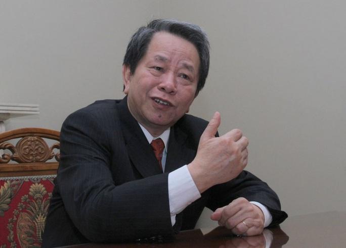 Chuyên gia Nguyễn Trần Bạt qua đời sau cơn đột quỵ - Ảnh 1.