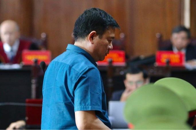 Cơ quan công tố yêu cầu bị cáo Đinh La Thăng điều chỉnh lời nói, thái độ - Ảnh 2.