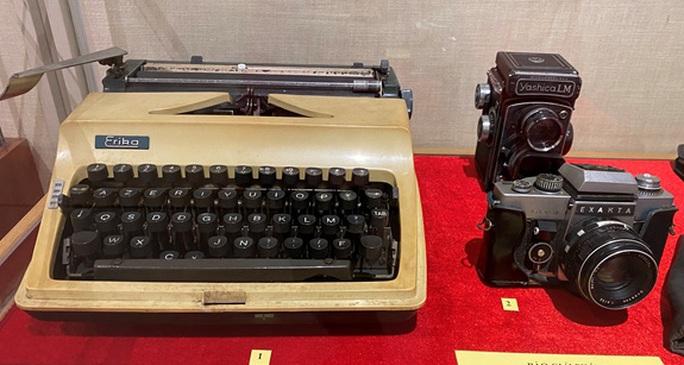 Nhiều tư liệu và sự kiện lần đầu công bố trong phim tài liệu  Giải phóng - tờ báo trên tuyến lửa - Ảnh 4.