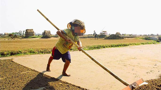Hơn nửa triệu trẻ em Việt Nam làm công việc nguy hại đến sức khỏe, đạo đức - Ảnh 1.