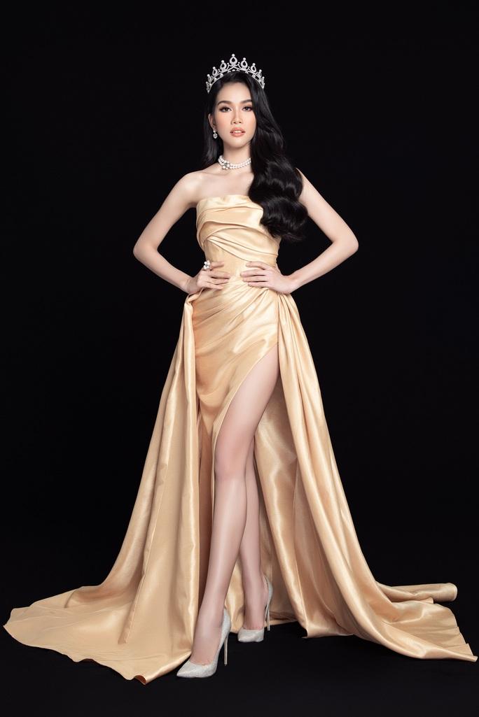 Hoa hậu Việt Nam Đỗ Thị Hà và hai á hậu lột xác sau 1 tháng đăng quang - Ảnh 8.