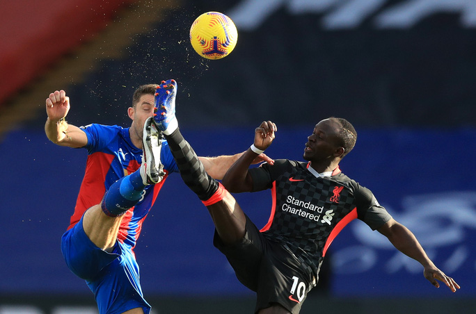 Vùi dập Crystal Palace 7-0, Liverpool khẳng định ngôi đầu Ngoại hạng - Ảnh 1.