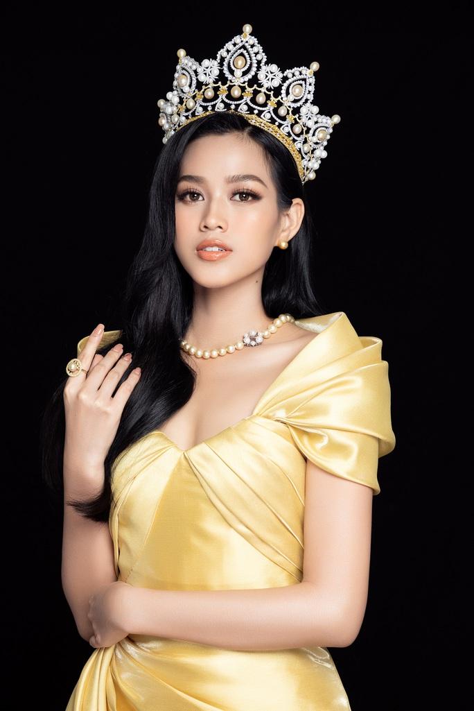 Hoa hậu Việt Nam Đỗ Thị Hà và hai á hậu lột xác sau 1 tháng đăng quang - Ảnh 5.
