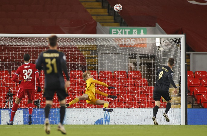 Liverpool vượt qua vòng bảng Cúp C1/Champions League - Ảnh 3.