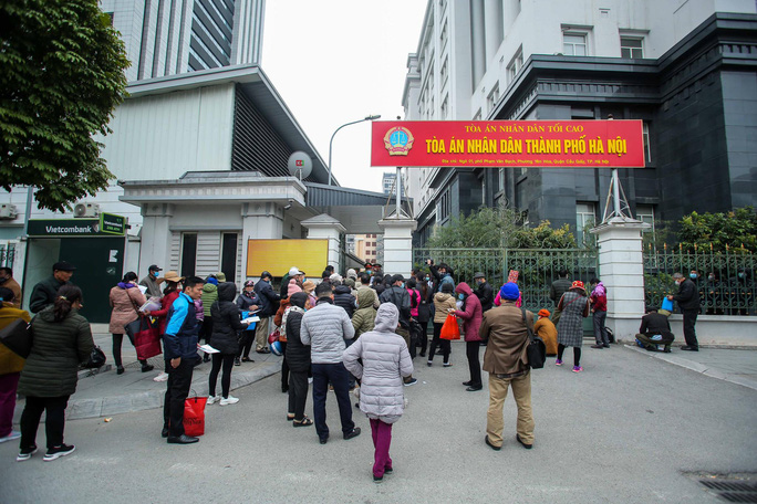 CLIP: Phiên tòa xử vụ án đa cấp Liên Kết Việt triệu tập kỷ lục hơn 6.000 bị hại - Ảnh 2.