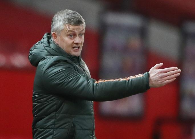 Vào top 3, Man United đối diện nguy cơ mất trụ cột - Ảnh 1.