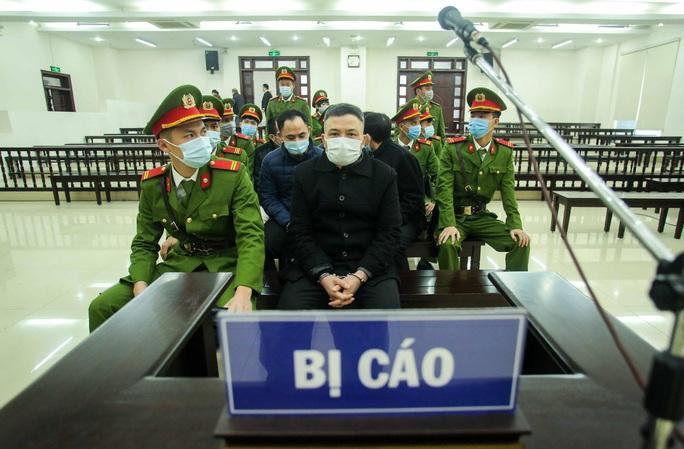CLIP: Phiên tòa xử vụ án đa cấp Liên Kết Việt triệu tập kỷ lục hơn 6.000 bị hại - Ảnh 7.