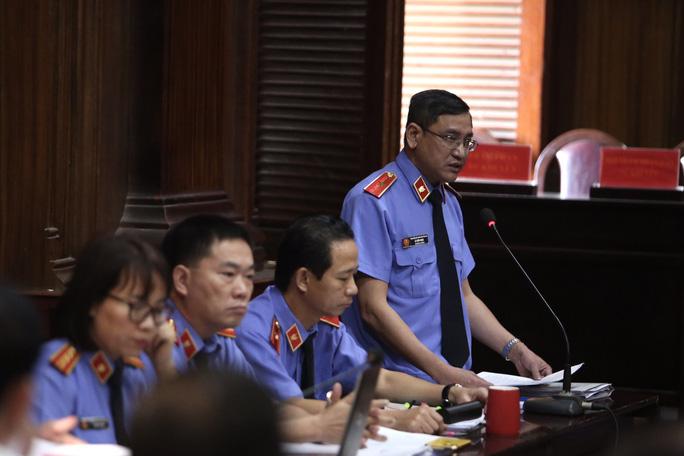 Ông Đinh La Thăng yêu cầu giải thích cáo buộc của VKSND TP - Ảnh 2.