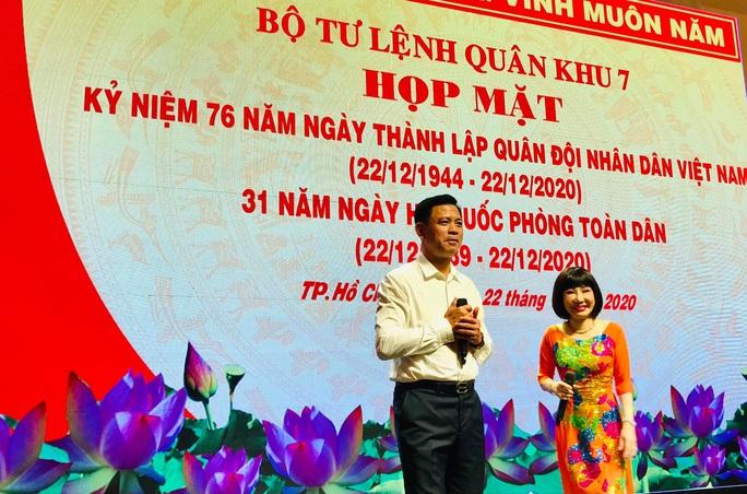Nghệ sĩ hát mừng ngày thành lập Quân đội nhân dân Việt Nam - Ảnh 3.