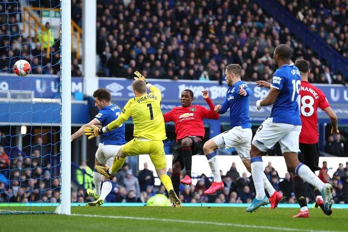 Everton tử chiến Man United dịp Giáng sinh - Ảnh 1.