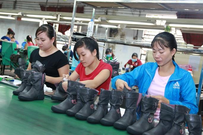 Chính sách lao động – tiền lương, BHXH, BHYT có hiệu lực từ 2021 - Ảnh 2.
