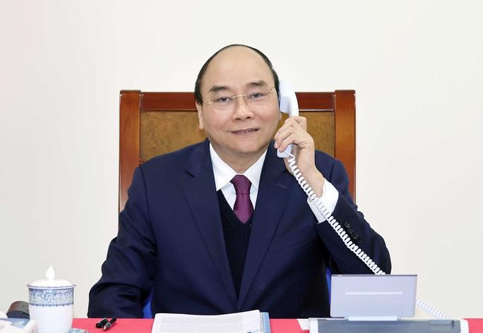 Thủ tướng Nguyễn Xuân Phúc trao đổi với Tổng thống Mỹ Donald Trump về thao túng tiền tệ - Ảnh 1.